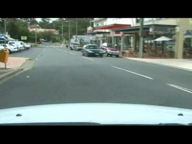 Identifying hazard of other road users - video 3